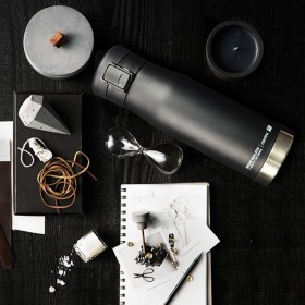 ASOBU LIBERTY CANTEEN Isoliertrinkflasche LC17 BLACK/SILVER
