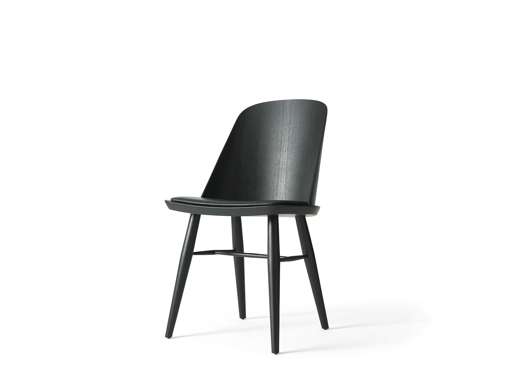 Menu Synnes Chair Black Ash Black Chair