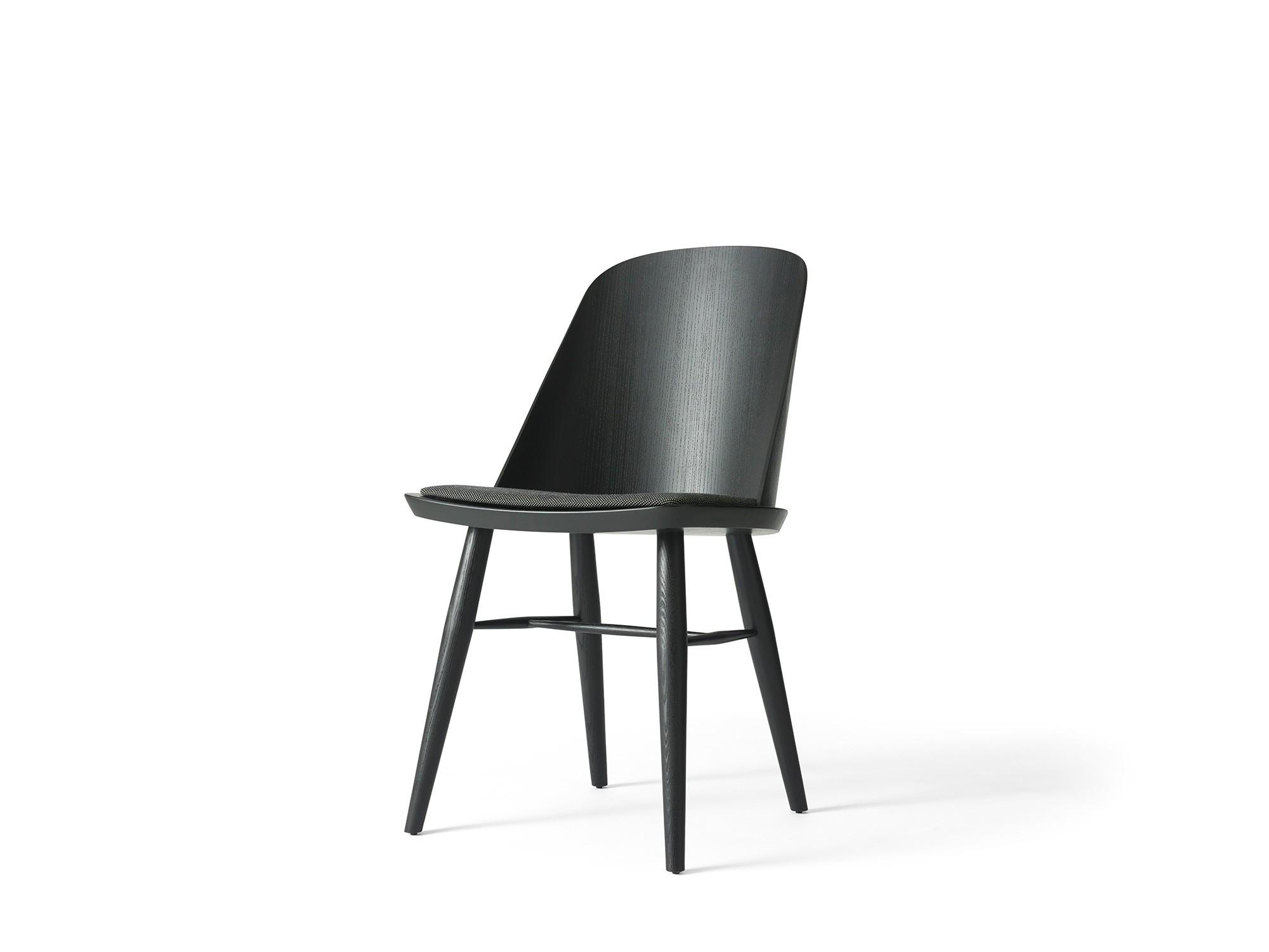 Menu Synnes Dining Chair Black Ash Black Melange Stuhl