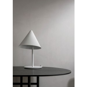 Menu Conic Table Lamp White Tischleuchte