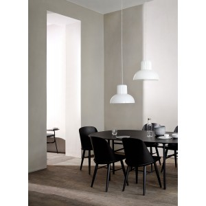 Menu Snaregade Dining Table Oval Black Esszimmertisch