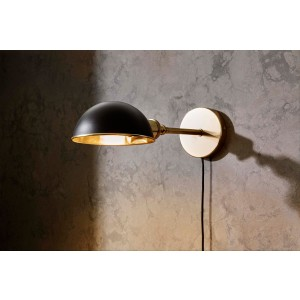 Menu TRIBECA Walker Ceiling or Wall Lamp Short Black Wandleuchte